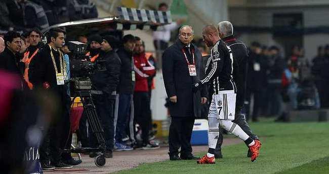 Beşiktaş - Sporting Lizbon maçı öncesi Gökhan Töre şoku