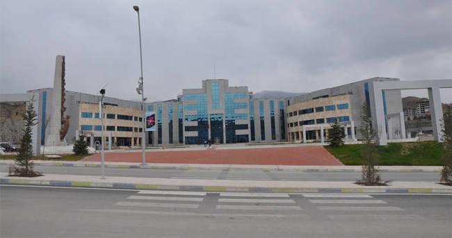 Karabük Üniversitesi'nde olay olan hoca hakkında flaş karar