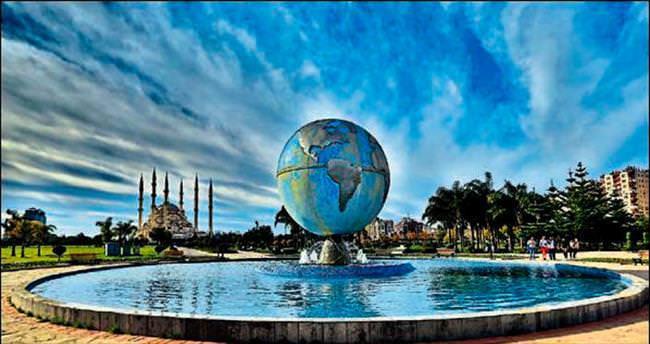'Bir Sevenin Gözünden Adana' sergisi İzmir'de