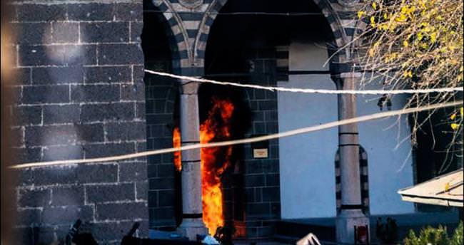 Camiyi yaktılar