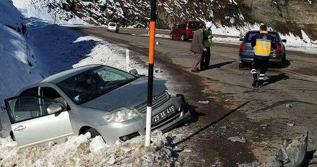 Gümüşhane'de trafik kazası: 5 yaralı