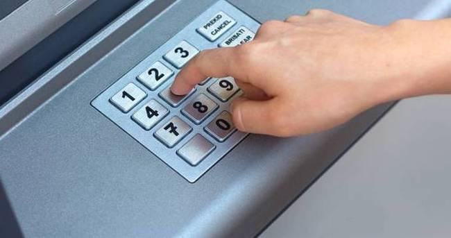 ATM'nin tuşlarını çaldılar
