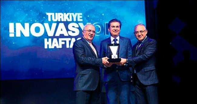 Ege Seramik'e liderlik ödülü