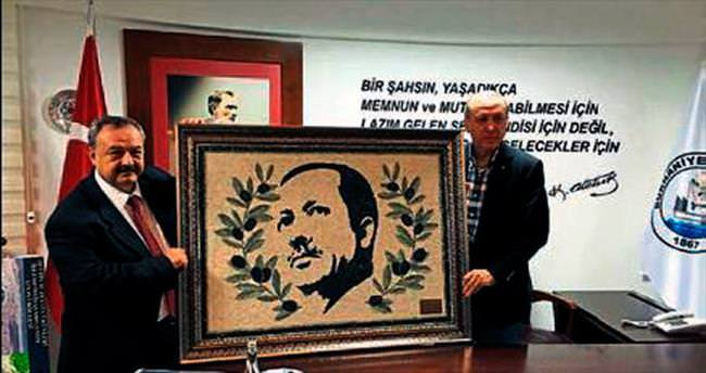 Burhaniye'den Erdoğan'a barışı simgeleyen tablo