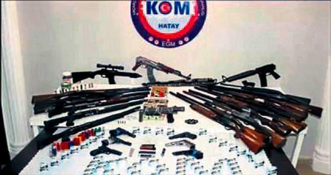 Hatay'da silah kaçakçılığı operasyonu: 6 tutuklama