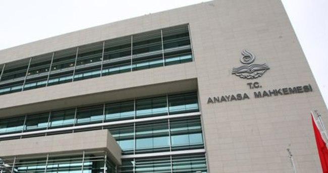 AYM'den, İnternet Yasası'na kısmi iptal