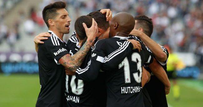 Beşiktaş Lizbon'a gitti