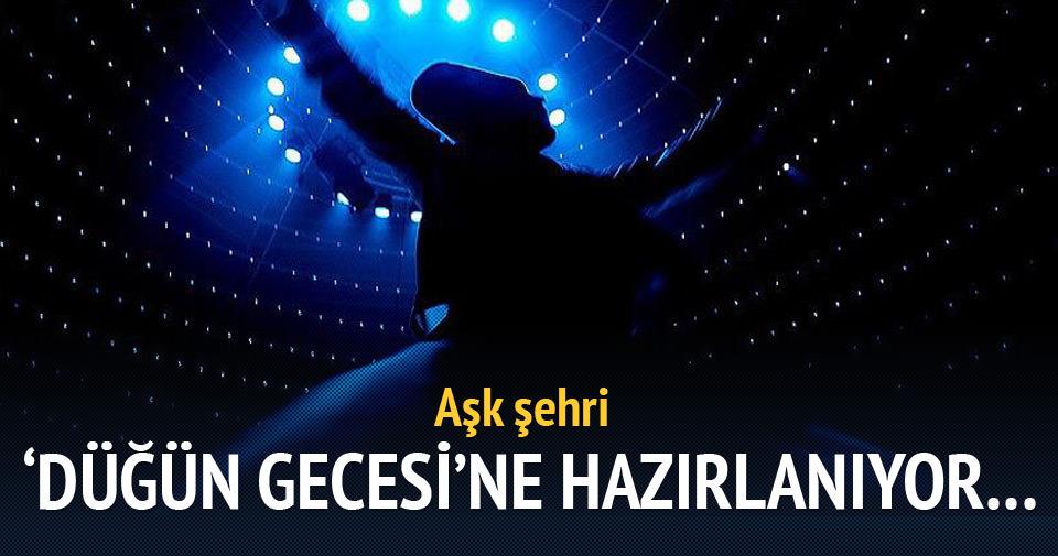 İstanbul Mevlana'nın 'düğün gecesi'ne hazırlanıyor