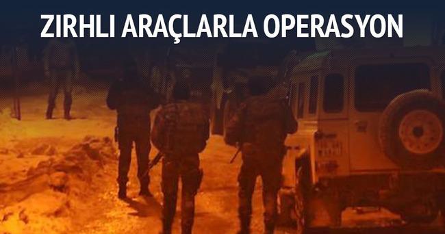 Hakkari'de 20 zırhlı araçlı operasyon
