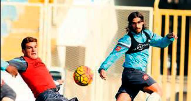 Osmanlıspor U21'le hazırlandı