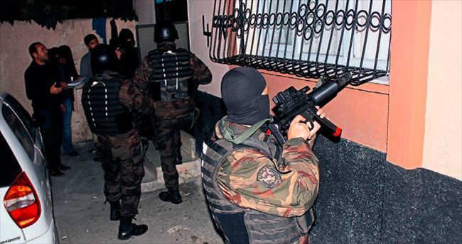 Adana polisinden kaçakçılara darbe