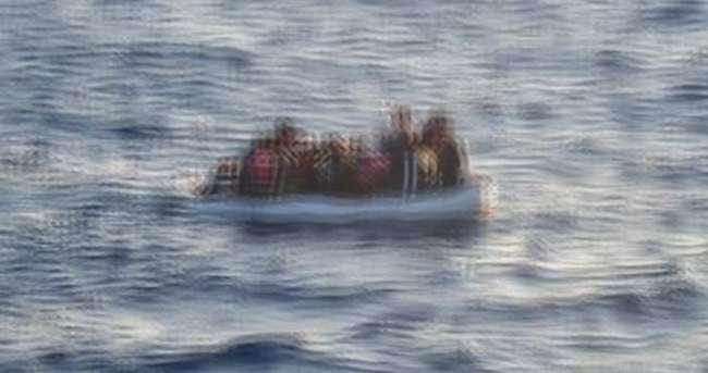 Didim'de kaçakları taşıyan bot battı