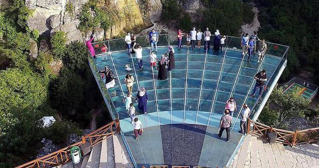 Cam teras ayda 47 bin lira gelir getirecek