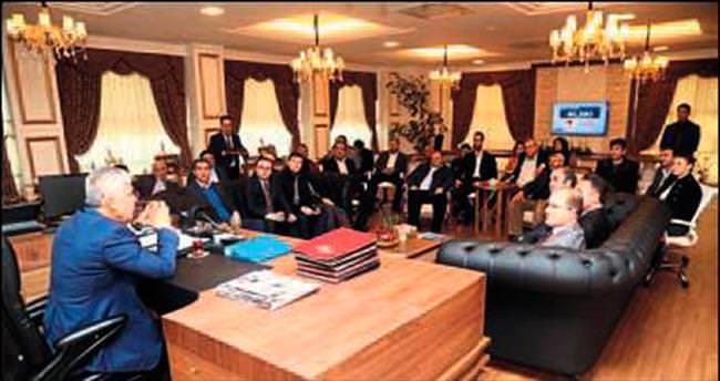 Ramazan Çalık'a AK Parti ziyareti