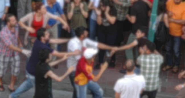 İnşaat işçileri ile sokaktaki gençler kavga etti: 6 yaralı