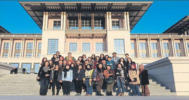Liselilerin üniversite öncesi keşif gezisi