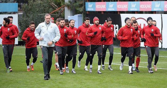 Galatasaray'da derbi öncesi Sabri sevinci