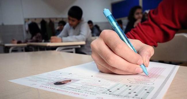 Mazeret sınavlarının ilk gün oturumu yapıldı
