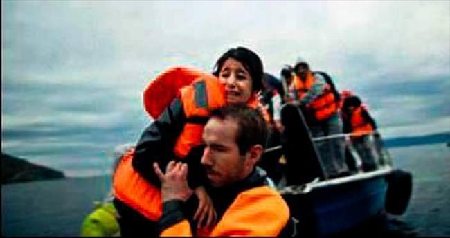 Gezi teknesinde 60 mülteci yakalandı