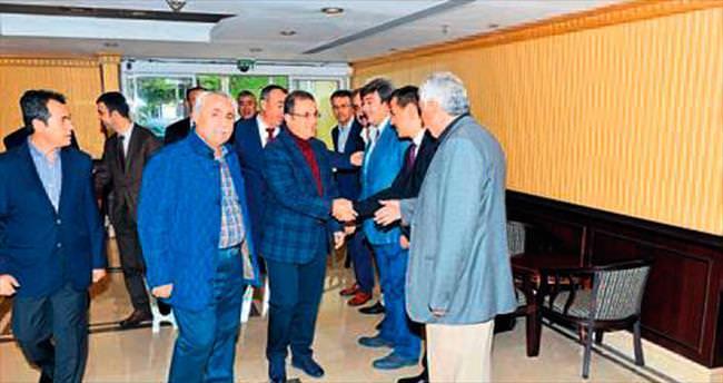 Vali Türker'den hemşeri buluşması