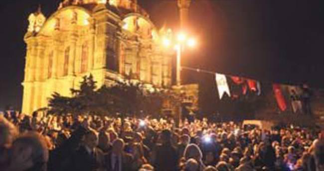 Musevi bayramı Hanuka'ya Ortaköy'de tarihi kutlama