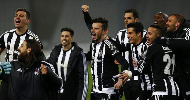 Beşiktaş'a Ümraniye'de coşkulu karşılama