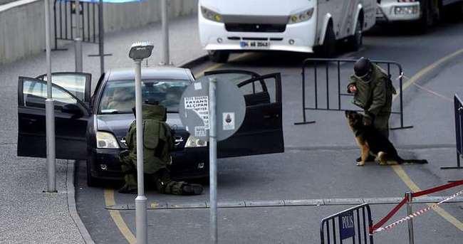 İstanbul Adliyesi'nde şüpheli araç alarmı