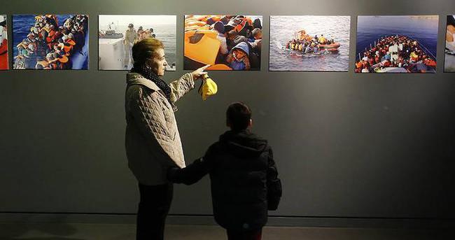 Ege'de Umut fotoğraf sergisi açıldı