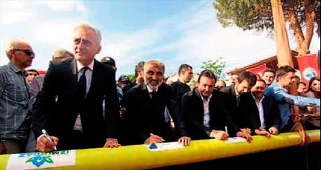 Menderes ilçesine doğalgaz bağlandı