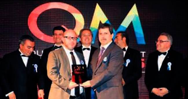 Vardar'a En İyi Yönetici ödülü