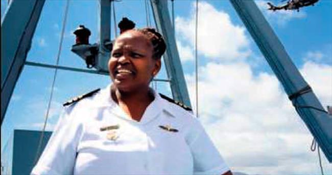 Afrika'nın ilk kadın gemi komutanı