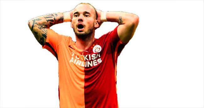 Sneijder'in yüzü gülmüyor