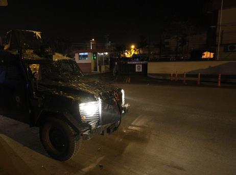 Adana'da 3 noktada ses bombası patladı