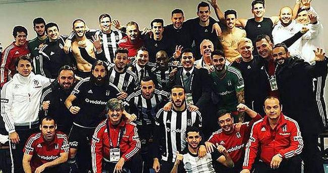 Beşiktaş'ın soyunma odasına sürpriz