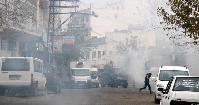 İdil'de izinsiz gösteriye polis müdahalesi!
