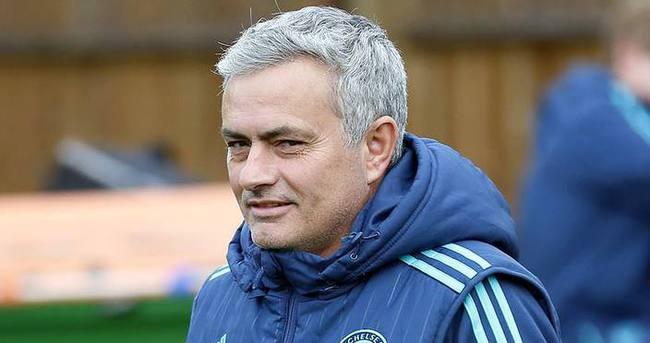 Mourinho'nun geleceği tartışılıyor