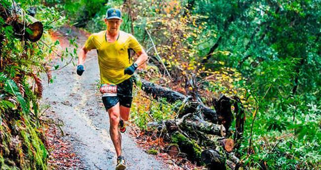 Lance Armstrong maraton kazandı