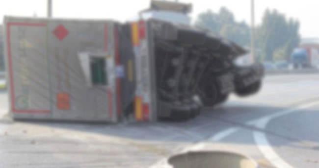 TEM'de kaza, otoyol trafiğe kapandı