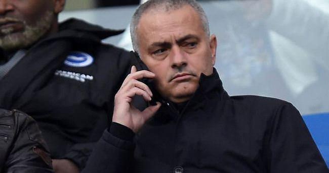 Mourinho teklif bekliyor