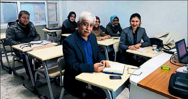 Kahramanmaraş'ta Yazarlık Atölyesi eğitimi başladı