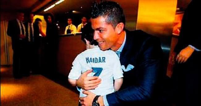 Ronaldo'dan örnek davranış