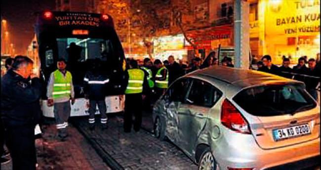 Tramvaya çarpıp kayıplara karıştı