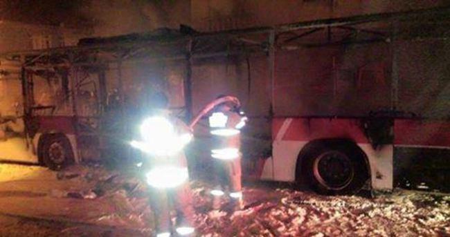 İzmir'de otobüse molotoflu saldırı!