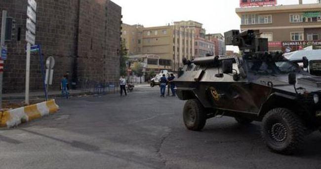 Diyarbakır Sur'da 2 asker ve 2 polis yaralandı