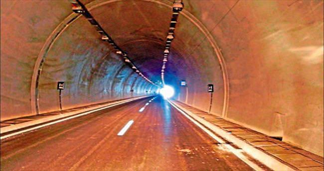 Tünelde ışık göründü