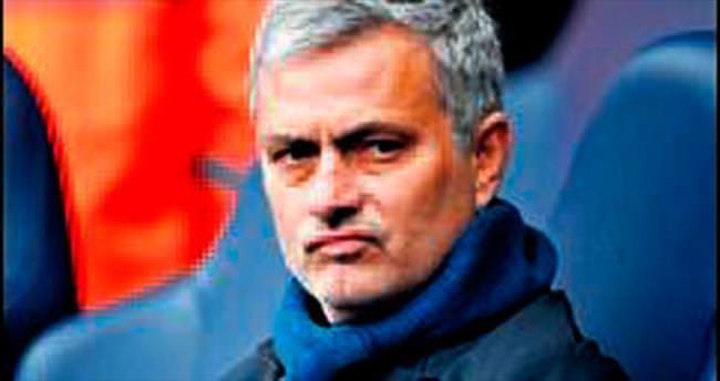 Mourinho&ManU flörtü ciddileşiyor