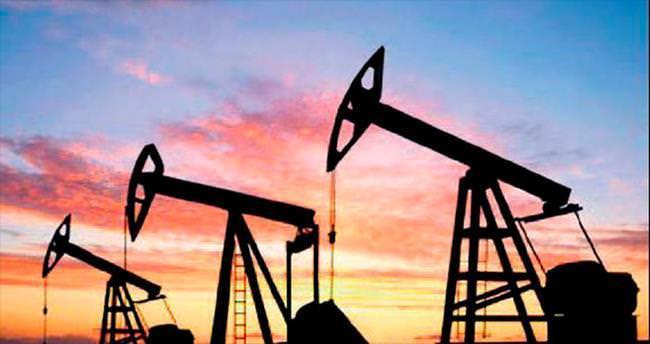 Petrol 11 yılın dibine geriledi