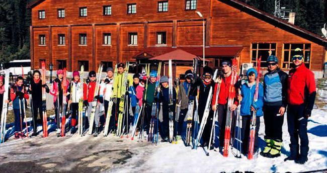 Büyükşehir Kayak Takımı Ilgaz'da