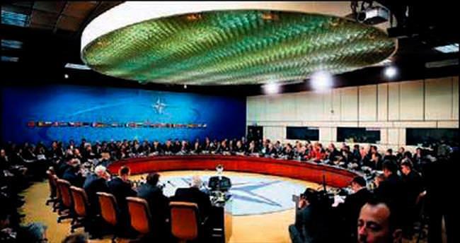 Karadağ NATO'dan resmen davet aldı