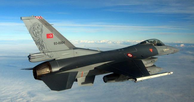 14 adet Türk F-16'sı Suriye sınırında